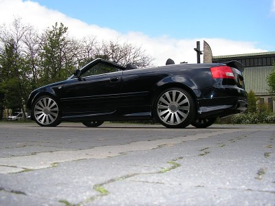 Audi A4 8H Convertible J-Style Side Skirts