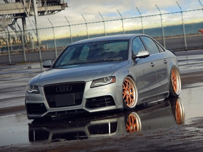 Audi A4 B7 / 8E RS4-Look Frontstossstange