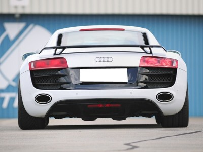Audi R8 V10-Look Rear Bumper