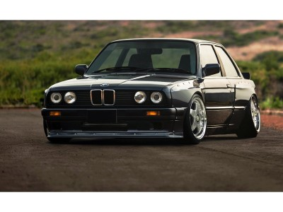 BMW E30 Rocket Wide Body Kit