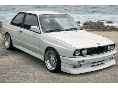 BMW E30 Saturn Wide Body Kit