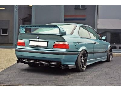 BMW E36 M3 RaceLine Heckansatz