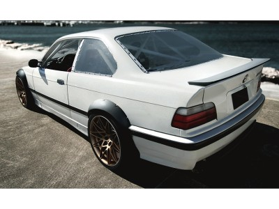 BMW E36 S2 Heckflugel