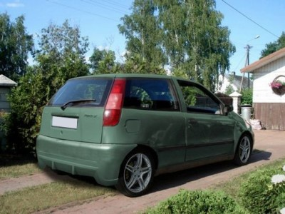 Fiat Punto MK1 Bara Spate Beast
