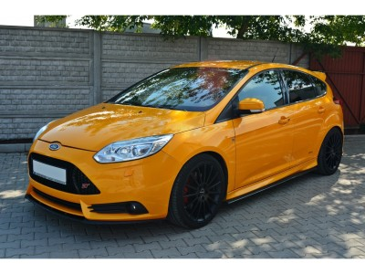 Ford Focus 3 ST C-Line Elso Lokharito Toldat