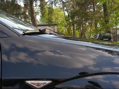 Ford Focus J-Style Motorhaubenaufsatz