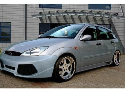 Ford Focus Kombi Lambo Body Kit