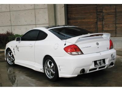 Hyundai Coupe Bara Spate GT