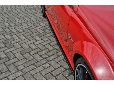 Mercedes C-Class W204 C63 AMG Facelift Intenso Side Skirt Extensions