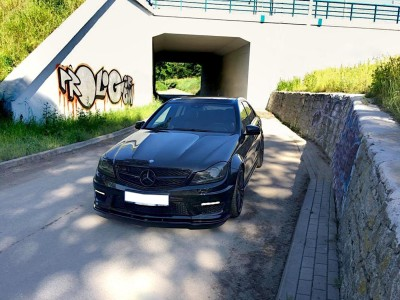 Mercedes C-Class W204 Facelift AMG Matrix Front Bumper Extension