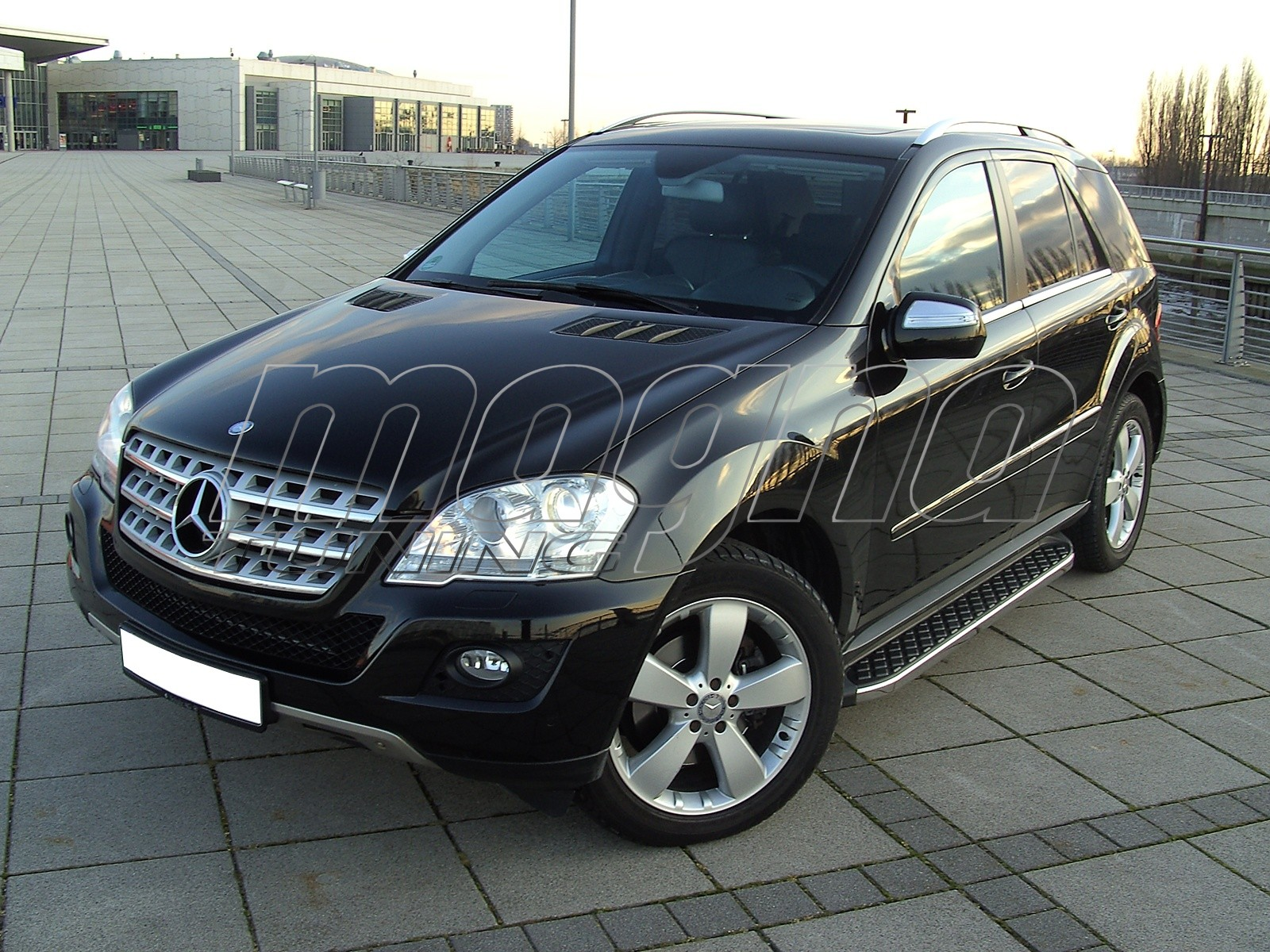 mercedes ml w164 helios running boards. Black Bedroom Furniture Sets. Home Design Ideas
