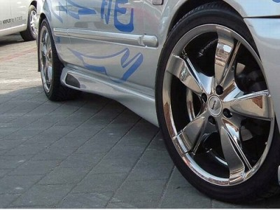 Mitsubishi Carisma H-Design Side Skirts