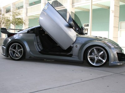 Nissan 350Z Hawk Front Wheel Arch Extensions