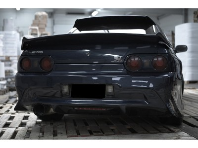 Nissan Skyline R32 GTR Bara Spate J-Style