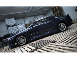 Nissan Skyline R32 GTR J-Style Front Wheel Arch Extensions