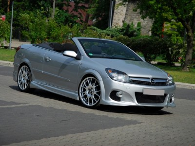 Opel Astra H Twin Top J-Style Front Bumper