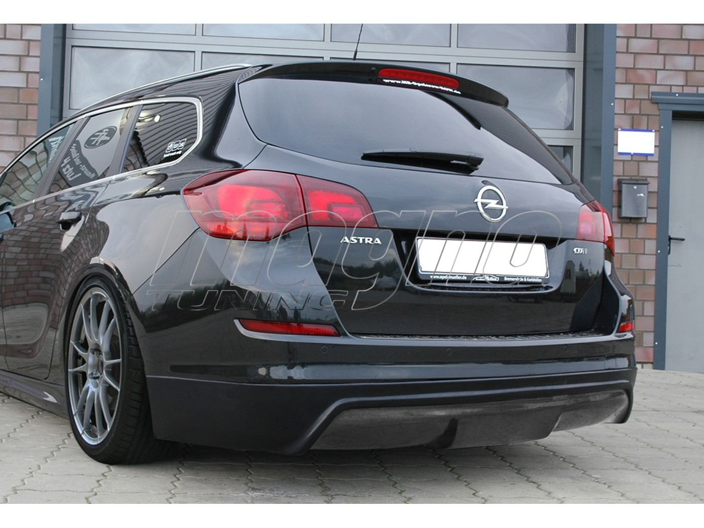 opel astra j sports tourer intenso rear bumper extension. Black Bedroom Furniture Sets. Home Design Ideas