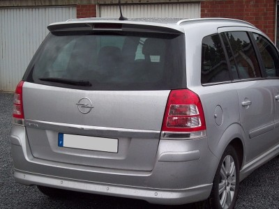 Opel Zafira B Sport Hatso Szarny