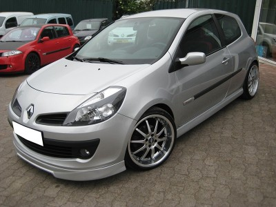 Renault Clio MK3 Intenso Body Kit