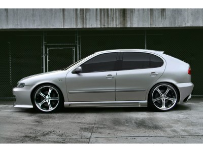 Seat Leon 1M Apex Side Skirts