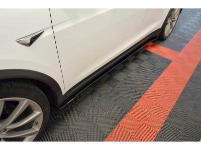 Tesla Model X Matrix2 Side Skirts