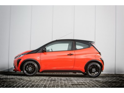 Toyota Aygo 2 Mystic Side Skirts