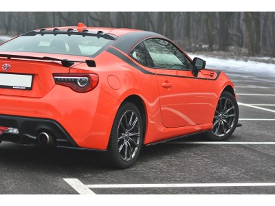 Toyota GT86 Facelift Matrix Side Skirt Extensions