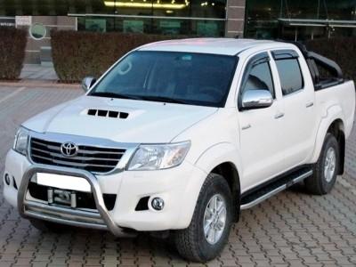 Toyota Hilux MK7 Helios Trittbretter