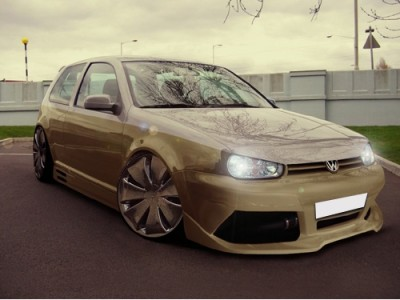 VW Golf 4 Lambo Body Kit