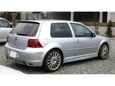 VW Golf 4 R32-Look Rear Bumper