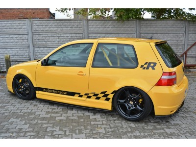 VW Golf 4 R32 Meteor Side Skirts