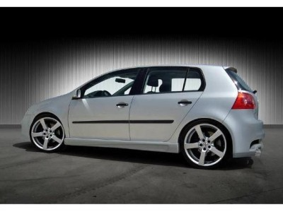 VW Golf 5 Master Side Skirts