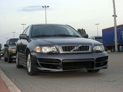 Volvo S40 Champion Body Kit
