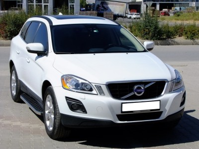 Volvo XC60 MK1 Helios Running Boards